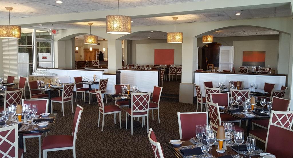 beach-club-dining-room